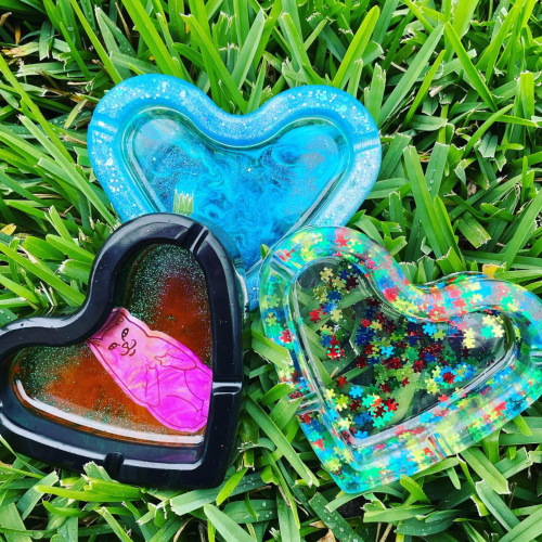 3 heart ashtrays
